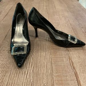 Ann Taylor reptile print pointed heels